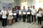 Predsjednik LC Vinkovci Milenko Paradžiković s najboljim učenicima